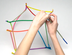 pipe-cleaner-hands